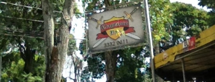 Claymore Bar is one of Locais salvos de Fabio.