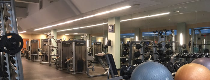 Boston Marriot Copley Place Gym is one of Airports and hotels I have known.