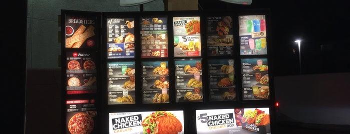 Taco Bell is one of Lugares favoritos de Ryan.