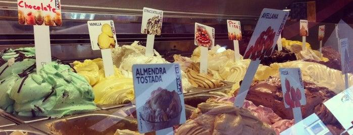 GELATI. Helados-cafeteria is one of Locais curtidos por Juan pablo.