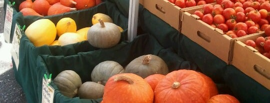 Campbell Farmers' Market is one of Posti che sono piaciuti a Tac.