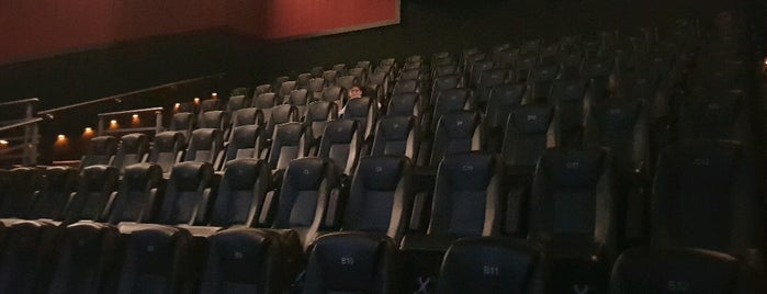 Cinemex is one of Joacoさんのお気に入りスポット.