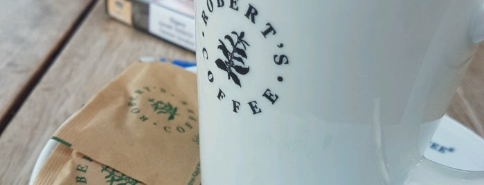 Roberts Coffee Kemer Moonlight is one of Lugares guardados de Mustafa.