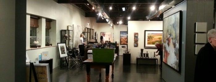 LaFontsee Galleries is one of สถานที่ที่ Patrick ถูกใจ.