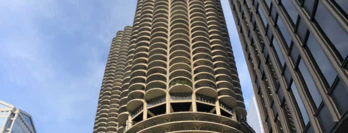 Marina City is one of Chicago, IL.
