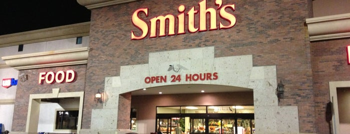 Smith's is one of Lieux qui ont plu à Stephanie.