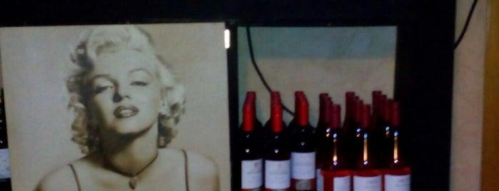 Taberna Cebo is one of COME UNA HAMBURGUESA EN IBIZA.