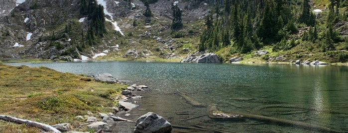 Olympic National Park is one of National Recreation Areas.