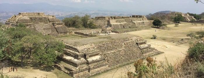 Museo de Sitio Monte Alban -  Oaxaca is one of CDMX e Oaxaca.