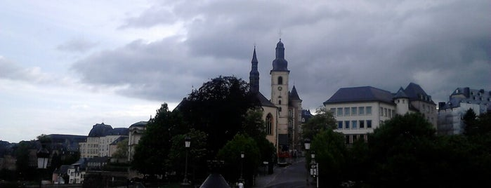 Michaelskirche is one of Orte, die Alan gefallen.
