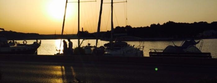 asorbos is one of Menorca.