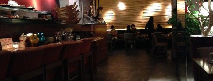 Yoshi Sushi is one of Tempat yang Disimpan Eleonora.
