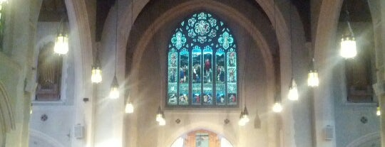 St. Andrew's Wesley Church is one of A Guide to Vancouver (& suburbia).