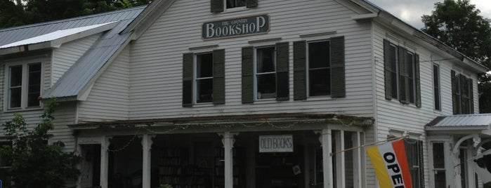 Country Bookshop is one of Lugares favoritos de Christopher.