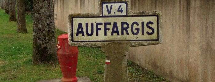 Auffargis is one of Découvrir la Forêt de Rambouillet.