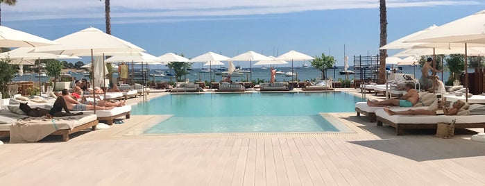 Nobu Hotel Ibiza Bay is one of Posti che sono piaciuti a Melissa.