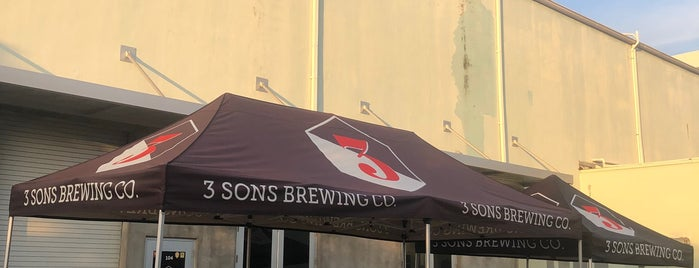 3 Sons Brewing Co. is one of Lugares favoritos de Cortney.