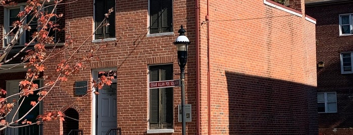 Edgar Allan Poe House & Museum is one of Bawlmer.