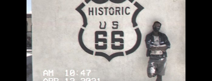 California Route 66 Museum is one of Nice things.