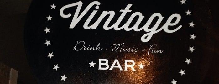 Vintage Bar Blumenau is one of Lieux qui ont plu à Thiago C.
