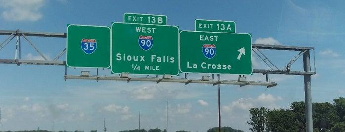 I-90 & I-35 is one of Orte, die Dan gefallen.