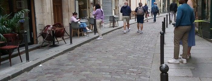 Rue Galande is one of paris marita.