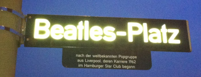 Beatles-Platz is one of Lugares guardados de Sarah.