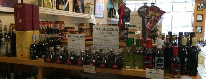 The Italian Store is one of Posti che sono piaciuti a Enrico.