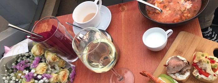 Небо и вино is one of Vladimirさんの保存済みスポット.
