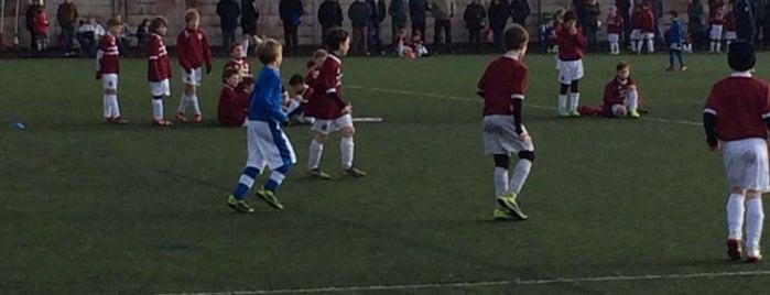 Hillingdon Borough FC is one of Tempat yang Disukai Carl.