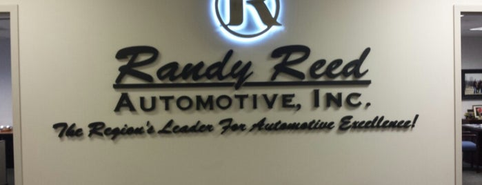 Reed Buick GMC is one of Posti che sono piaciuti a Joe.
