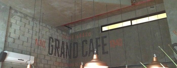 Grand Café is one of Posti che sono piaciuti a Cecilia.