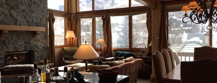 Chalet Gold is one of Posti che sono piaciuti a Swen.