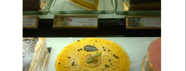 The Harvest Patissier & Chocolatier is one of Lugares favoritos de Amanda.