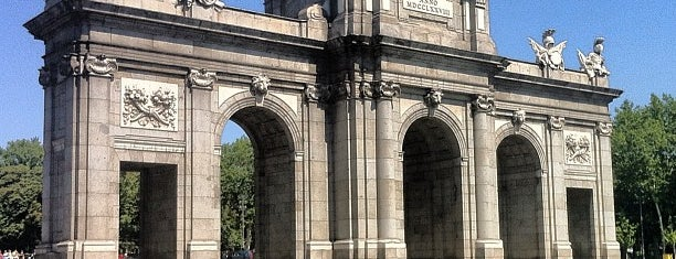 Puerta de Alcalá is one of Madrid.