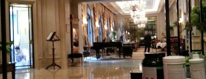 Hôtel Four Seasons George V is one of Paris - best spots! - Peter's Fav's.