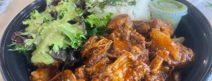 Lama's Peruvian Food is one of Lugares favoritos de Simon.