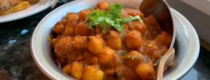 Prabh Indian Kitchen is one of สถานที่ที่ Simon ถูกใจ.