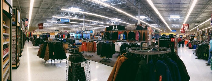 Academy Sports + Outdoors is one of Lieux qui ont plu à Angeles.