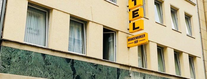 Hotel Brandenburger Hof is one of Lugares guardados de Mustafa.