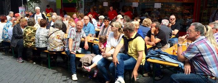 Straßenfest am Eigelstein is one of Saisongeschäfte.