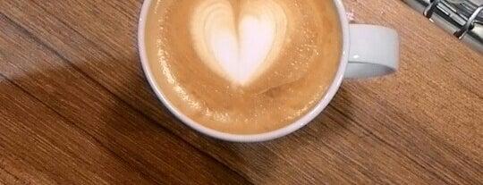 Coffeemania is one of Tempat yang Disukai Veysel.