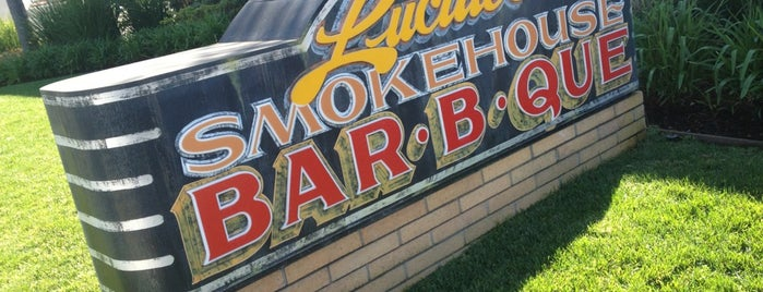 Lucille's Smokehouse Bar-B-Que is one of Tempat yang Disukai Dan.