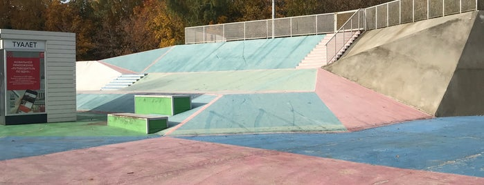 Скейтпарк Останкино is one of Skateparks.