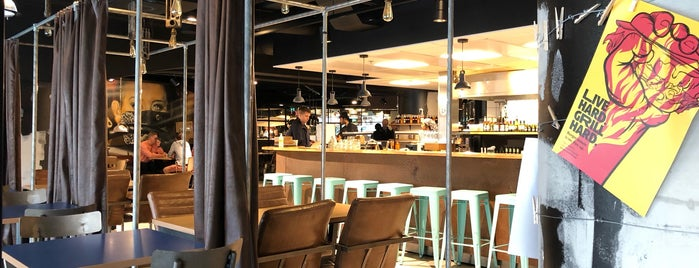 Social Burgerjoint is one of Ydinkeskustan lounaspaikat.