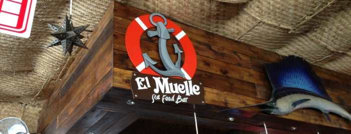 El Muelle Seafood Bar is one of Fernandoさんの保存済みスポット.