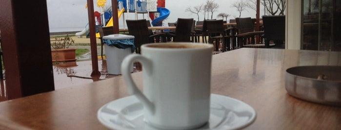 Beltur Cafe is one of Posti che sono piaciuti a TC Didi.