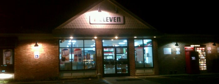 7-Eleven is one of Locais curtidos por RA321.