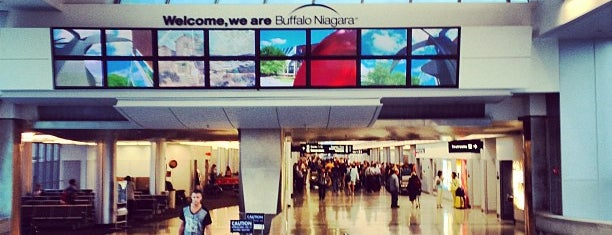 Buffalo Niagara International Airport (BUF) is one of สถานที่ที่ Christina ถูกใจ.