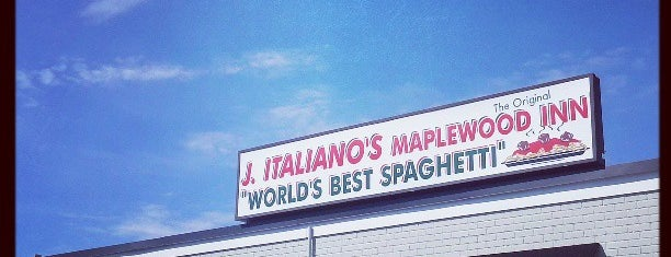 Joe Italiano's Maplewood Inn is one of Tempat yang Disukai Adam.